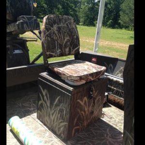 Seats/Hatches/Boxes